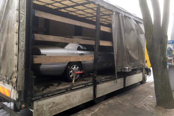 autospas dostavka kritim avtovozom mercedes