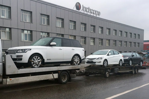 autospas dostavka-avtomobilej-range-rover-1